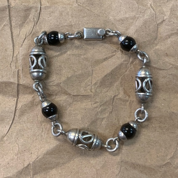 Taxco Jewelry - TAXCO Sterling Barrel Link Black Onyx Bracelet 7.5